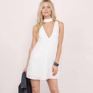 TOBI Cut Out High Neck V White Shift Mini Dress